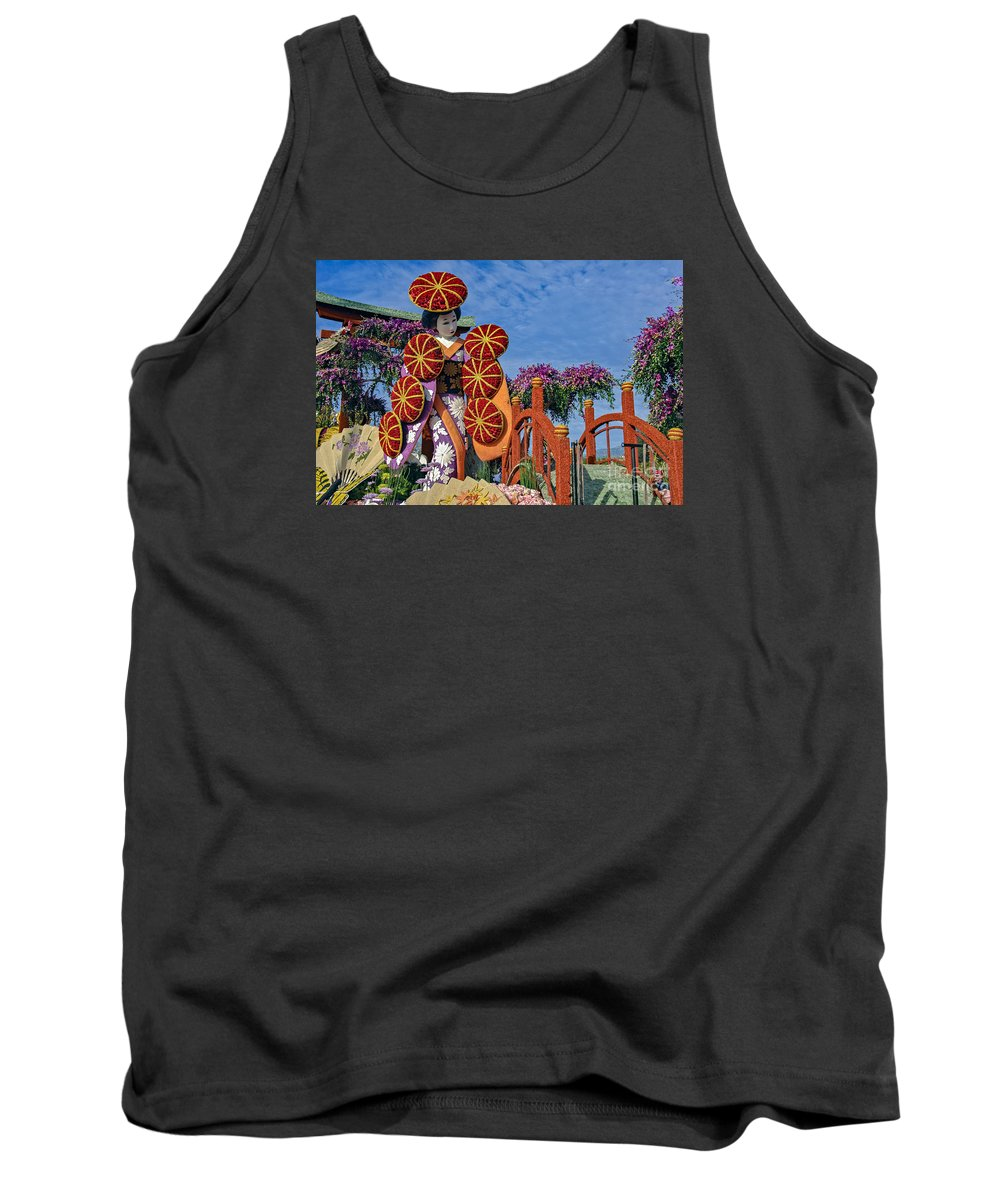 Tournament Of Roses Tank Top featuring the photograph Japanese Geisha Float by David Zanzinger