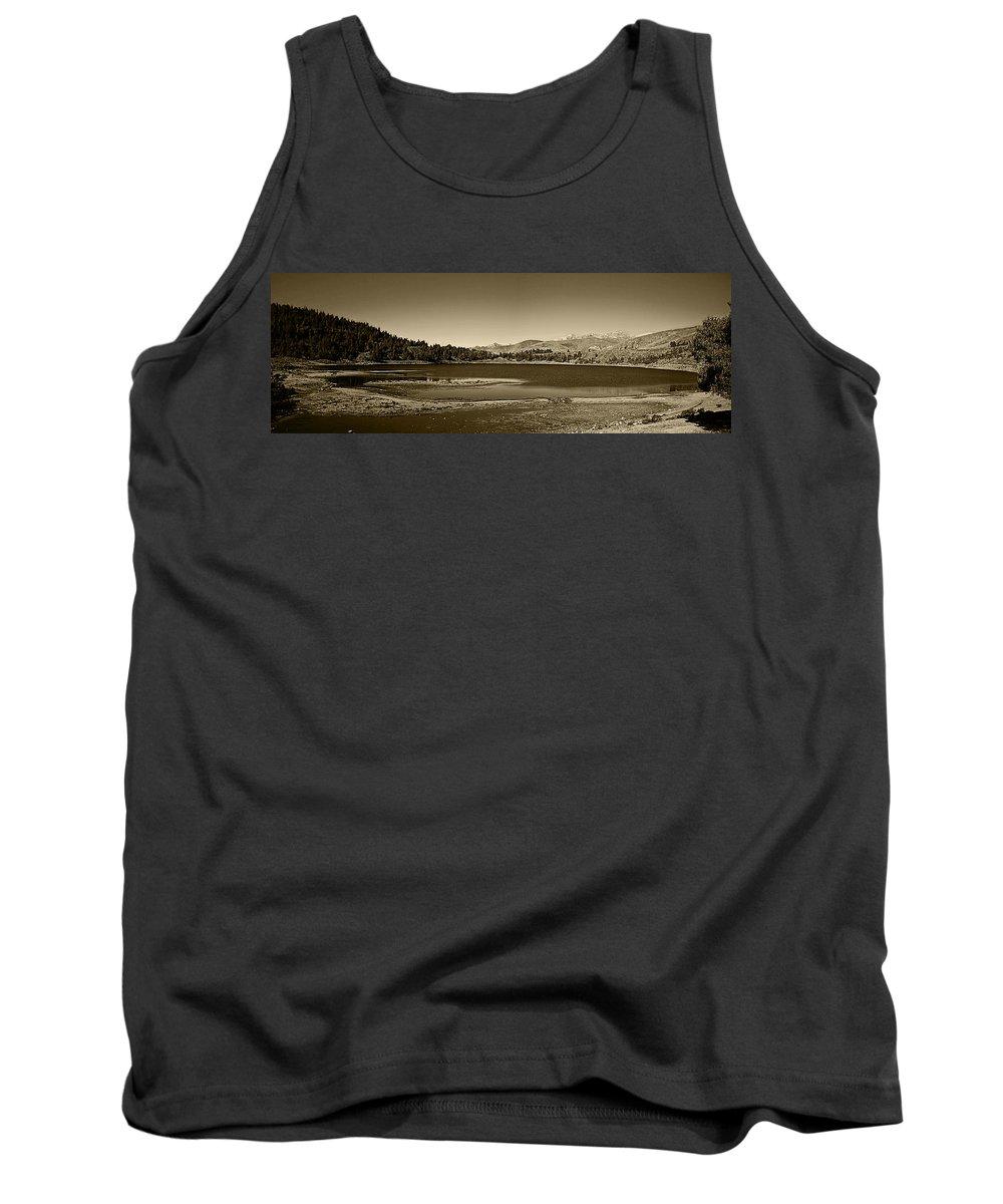Lake Tank Top featuring the photograph Laguna Mucubaji - Andes by Galeria Trompiz