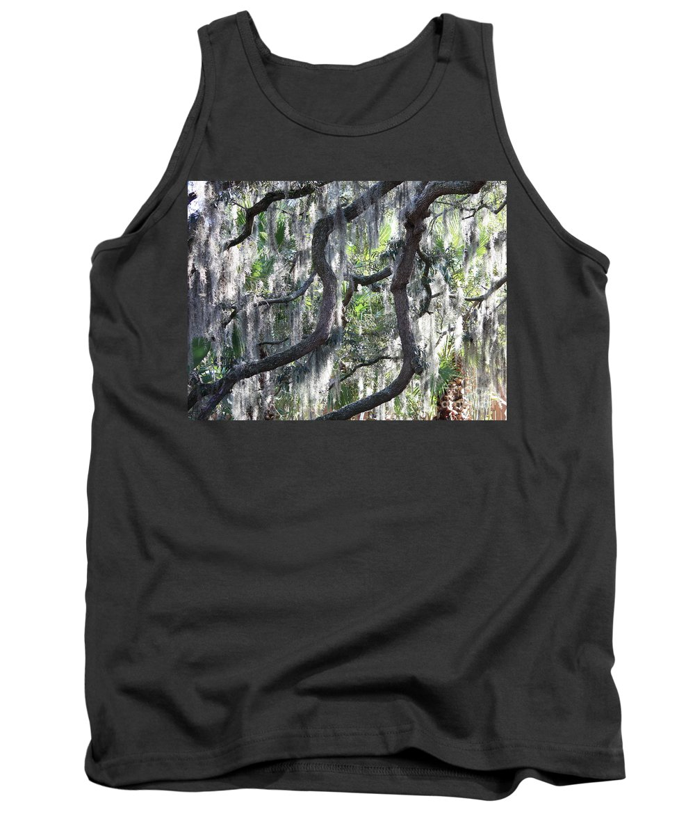 Spanish Moss Tank Top featuring the photograph Live Oak With Spanish Moss And Palms by Carol Groenen