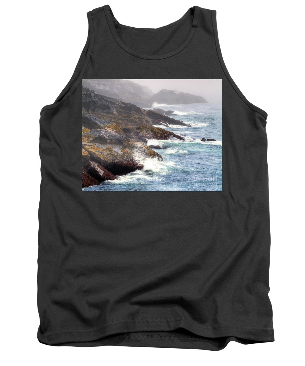Maine Tank Top featuring the photograph Lobster Cove by Tom Cameron