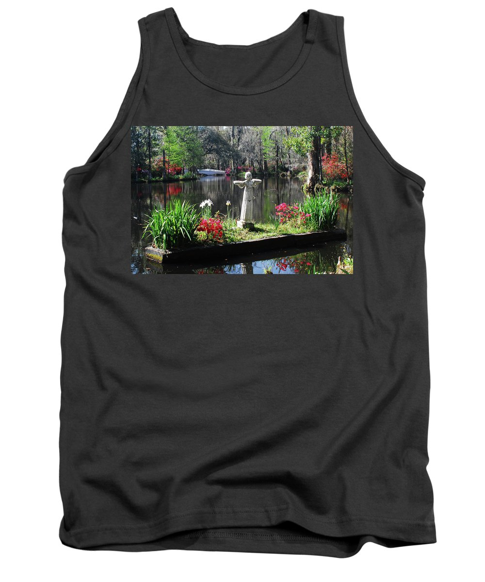 Pond Tank Top featuring the photograph Magnolia Place Pond by Jerry Griffin