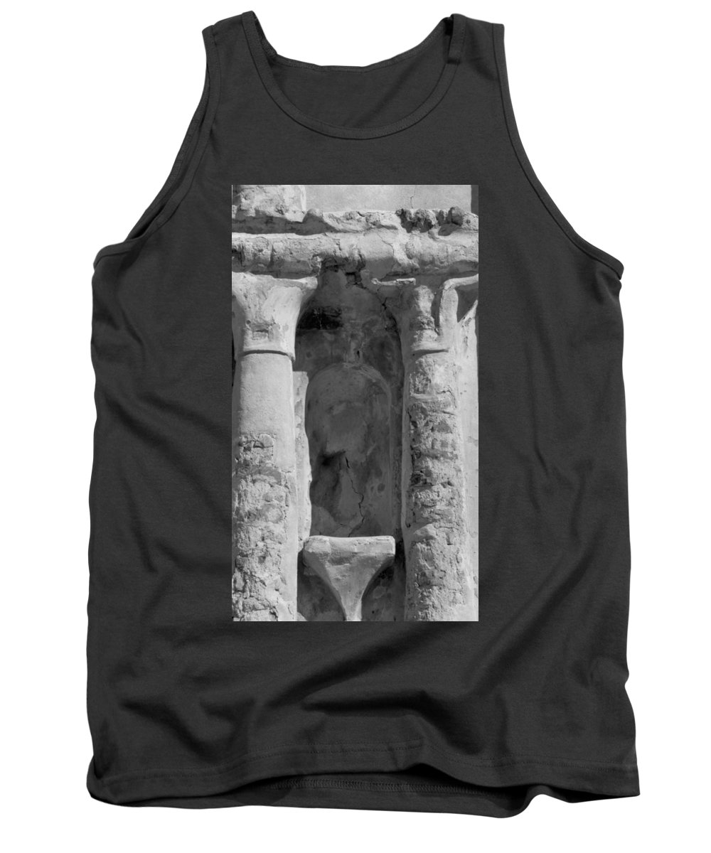 Niche Tank Top featuring the photograph Niche by Kathy McClure