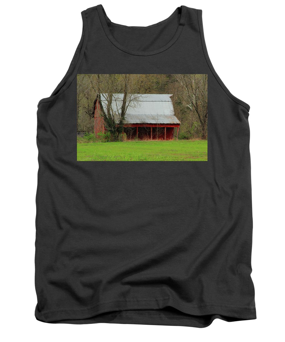 Old Barn Tank Top featuring the photograph Old Red Barn In Jefferson County by Greg Matchick