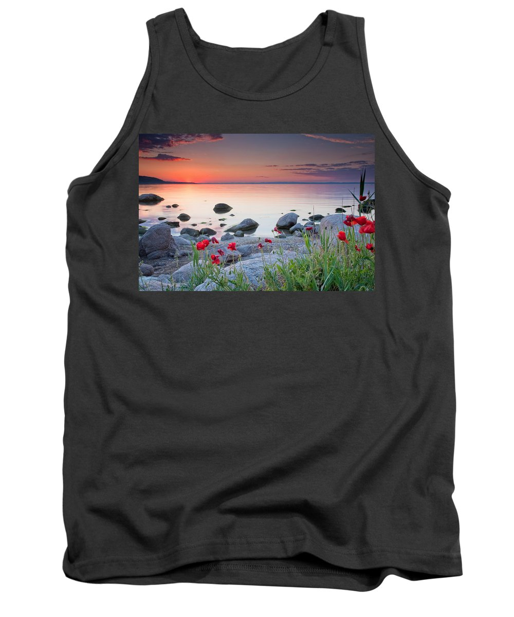 Sea Tank Top featuring the photograph Poppies By The Sea by Evgeni Dinev