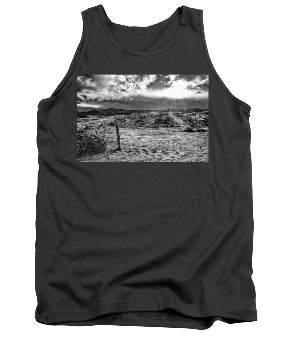 Tank Top featuring the photograph Post Of Nowhere by Blake Richards