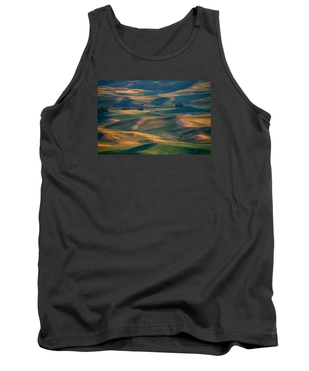 Barn Tank Top featuring the photograph Red In A Sea Of Green by Mike Dawson