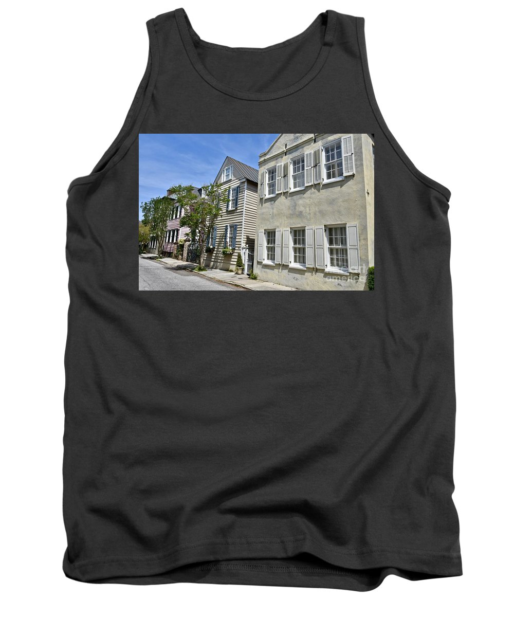 Beautiful Home Tank Top featuring the photograph Small Colonial Style Homes by Jeramey Lende
