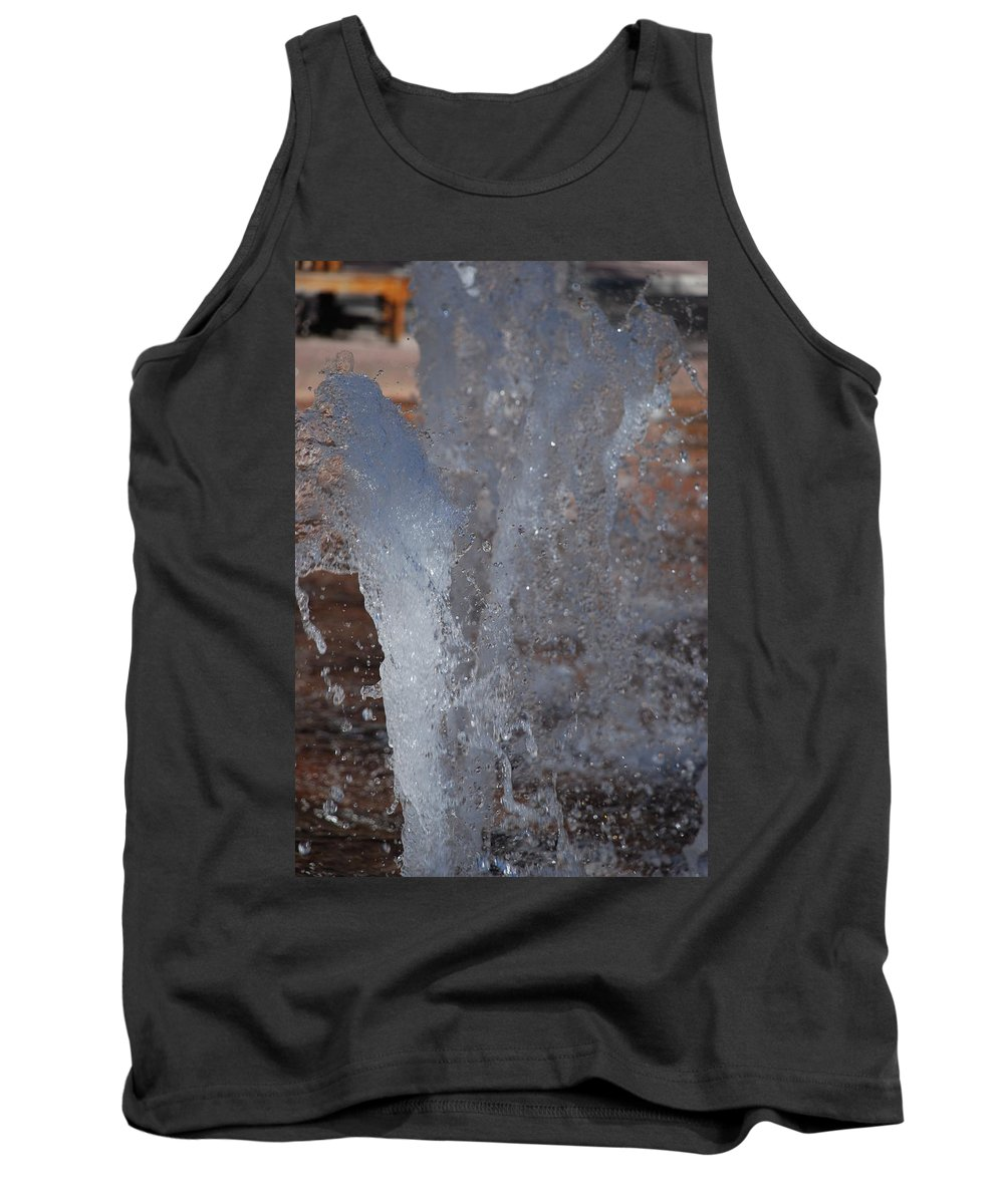 Water Tank Top featuring the photograph Splash by Rob Hans