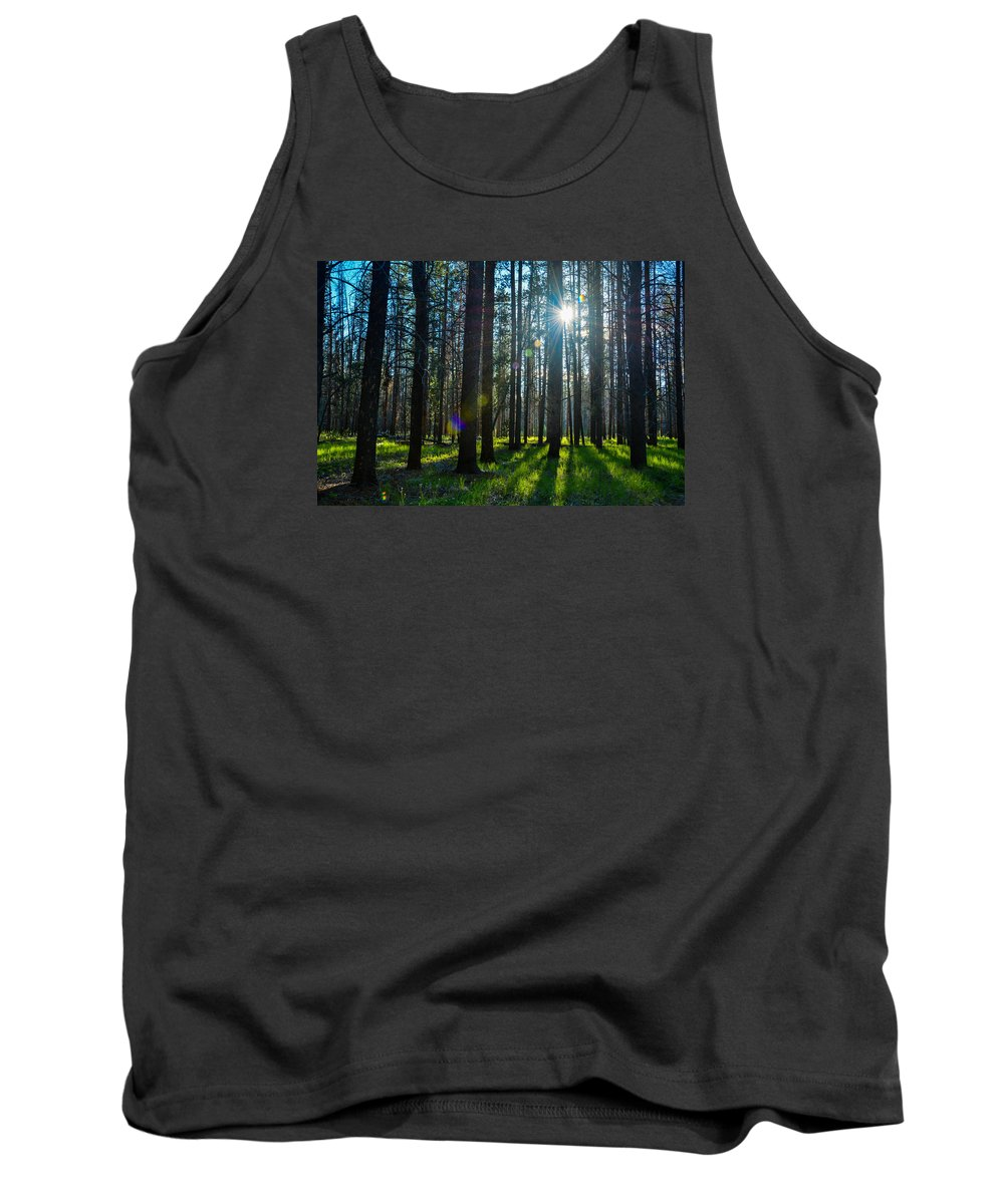 Landscape Tank Top featuring the photograph Sun Rays by Jesse Peterson