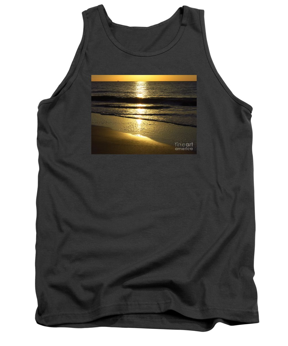 Sunrise Tank Top featuring the photograph Sunrise Fishing Boat9311 by T Powell