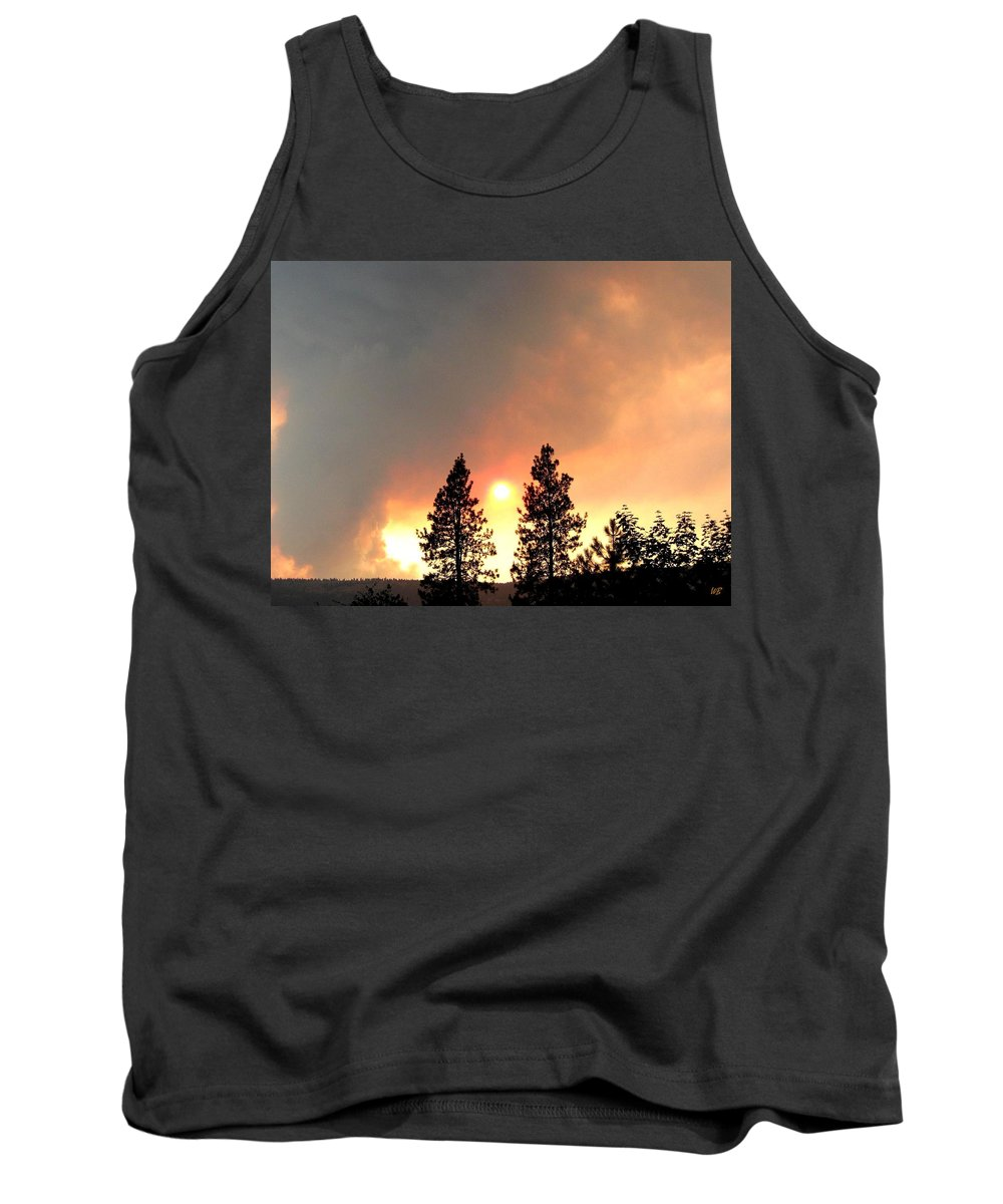 Forest Fire Tank Top featuring the photograph Terrace Mountain Fire 2 by Will Borden