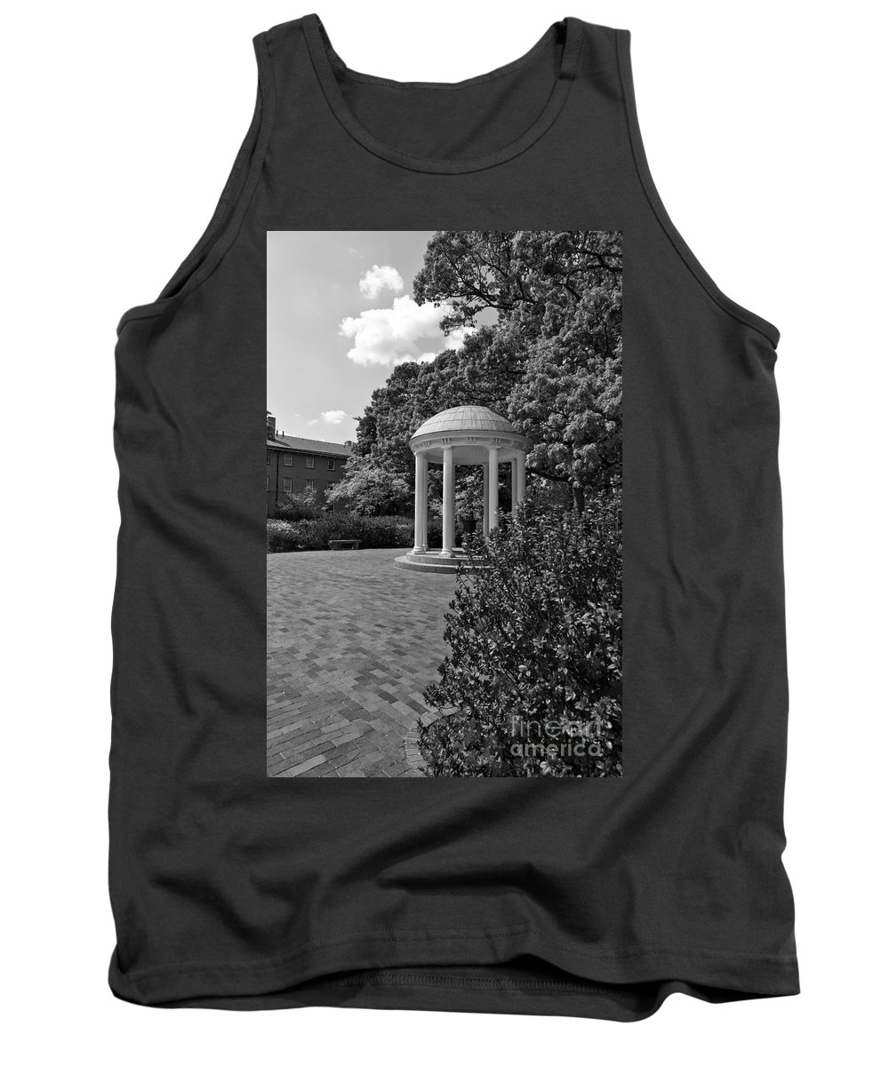 The Tank Top featuring the photograph The Old Well At Chapel Hill In Black And White by Jill Lang