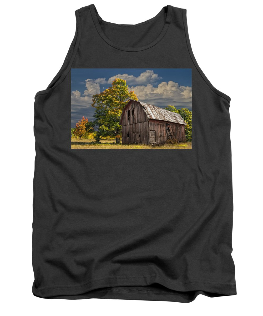 Landscape Tank Top featuring the photograph West Michigan Barn In Autumn by Randall Nyhof