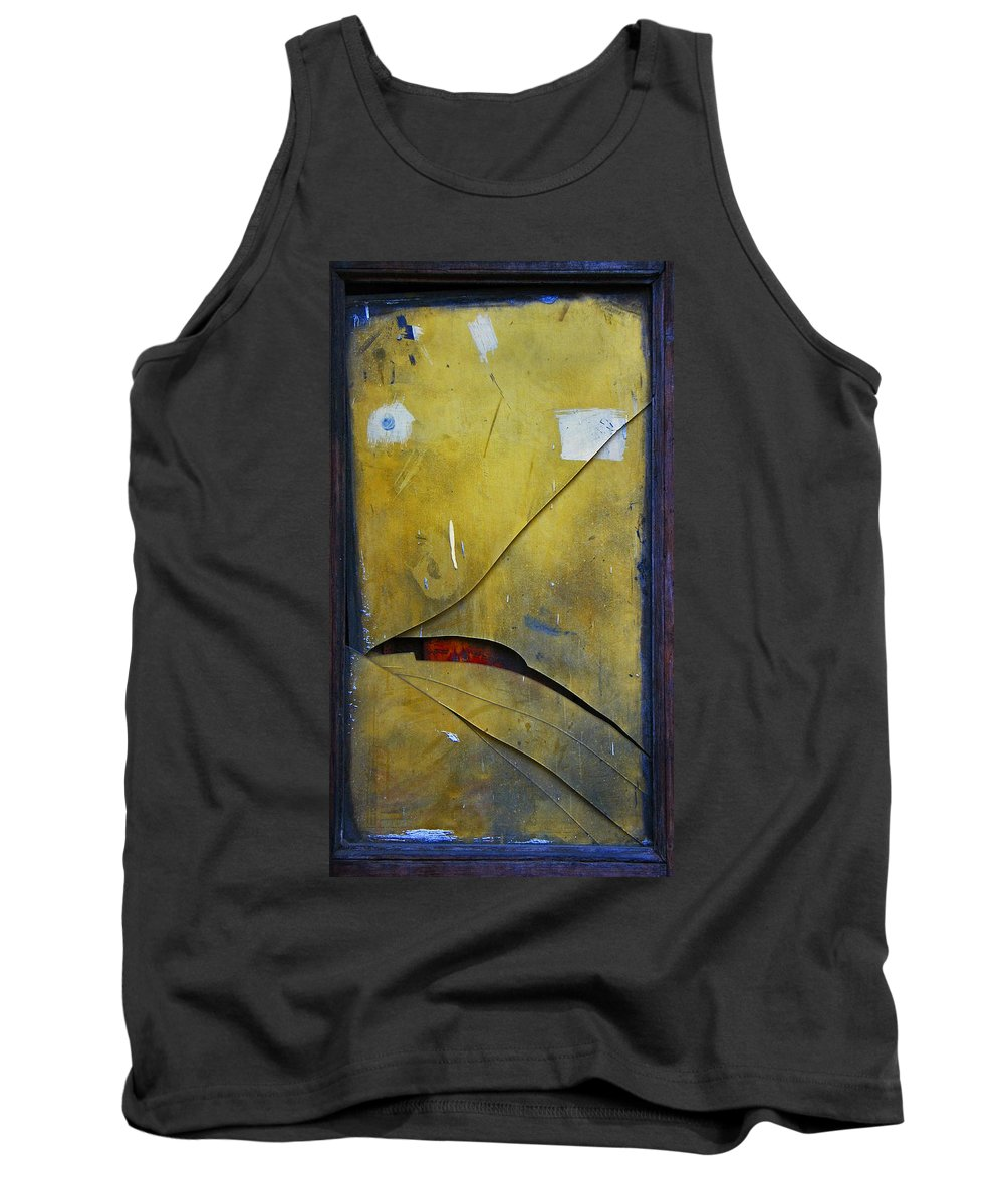 Abstract Tank Top featuring the photograph Xalapa Miro by Skip Hunt