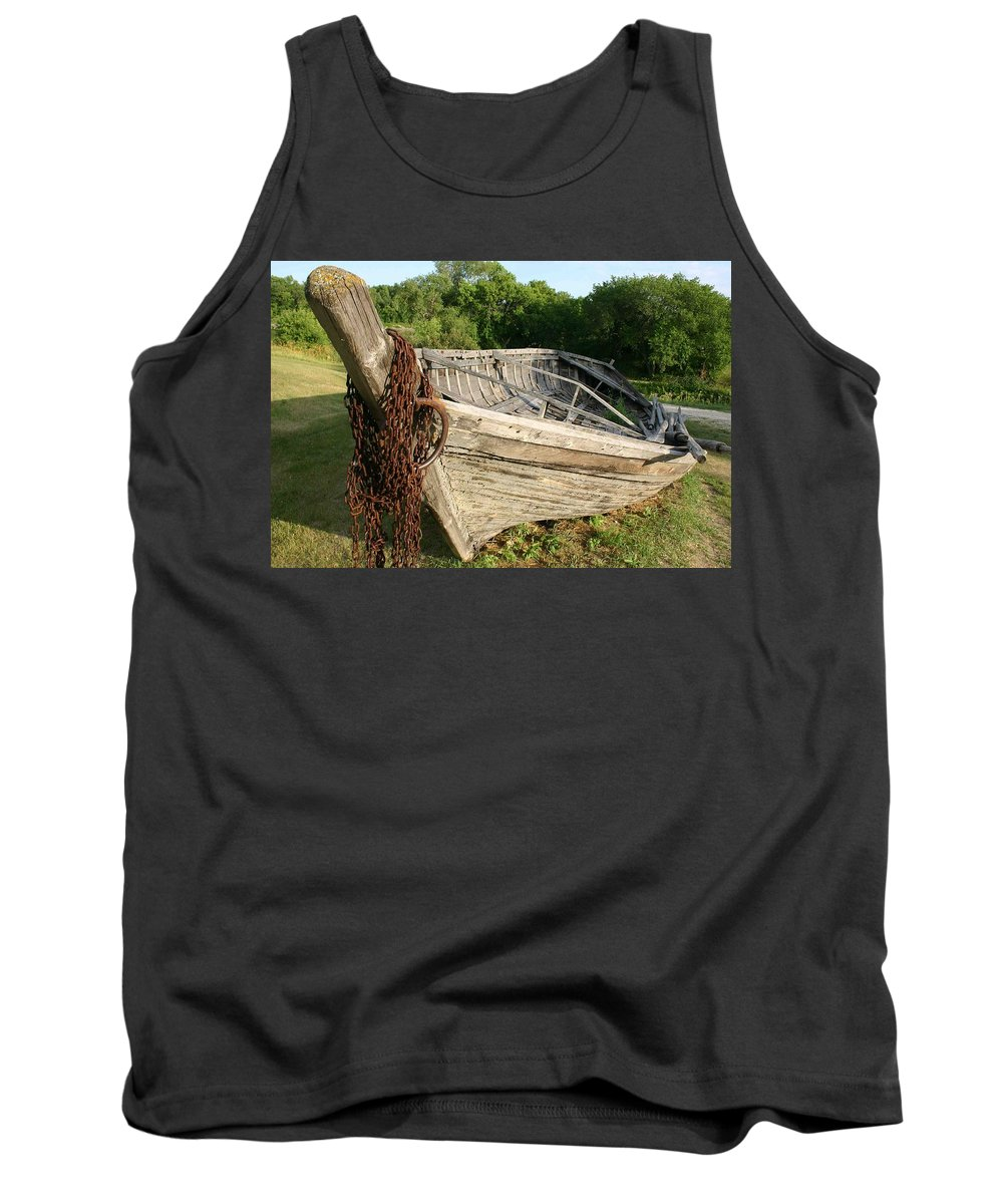 York Boat Tank Top featuring the photograph York Boat - Fort Garry by Nelson Strong