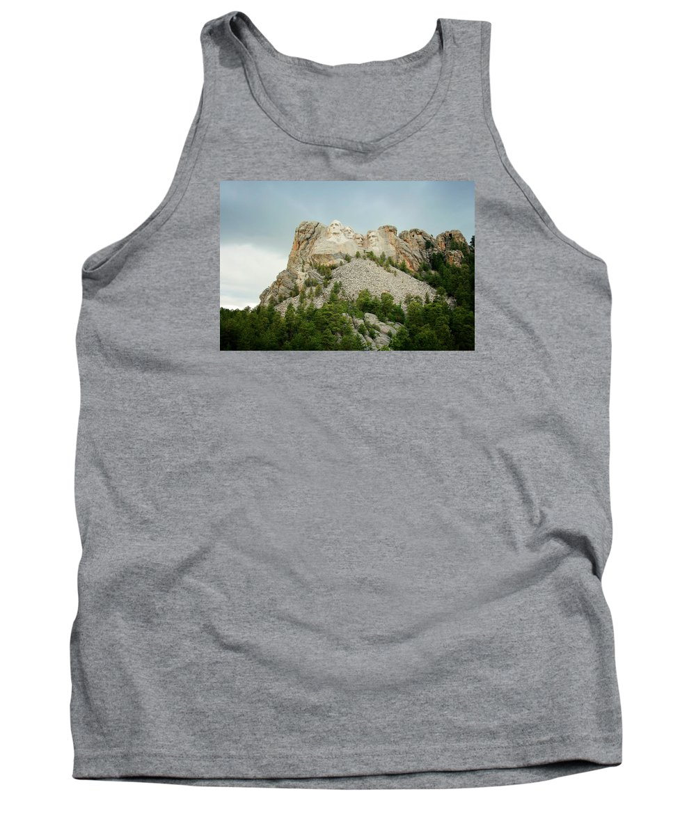 Mount Rushmore Tank Top featuring the photograph Dusk At Mount Rushmore by Susan McMenamin