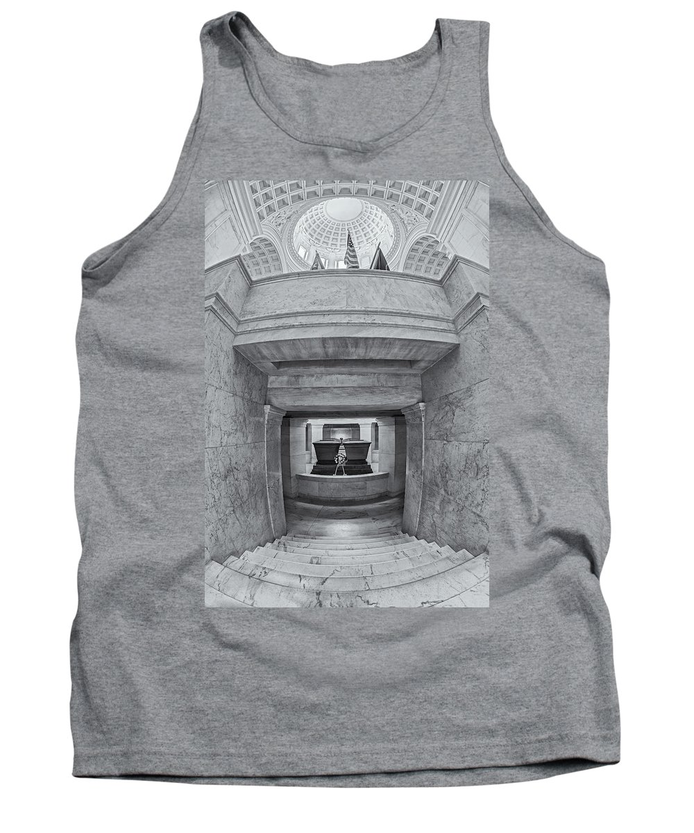 America Tank Top featuring the photograph General Grant National Memorial by Susan Candelario
