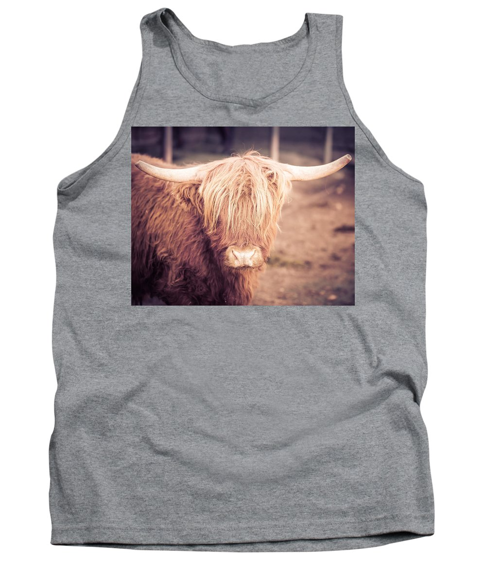 Farm Tank Top featuring the photograph Hello by Thomas Dilworth