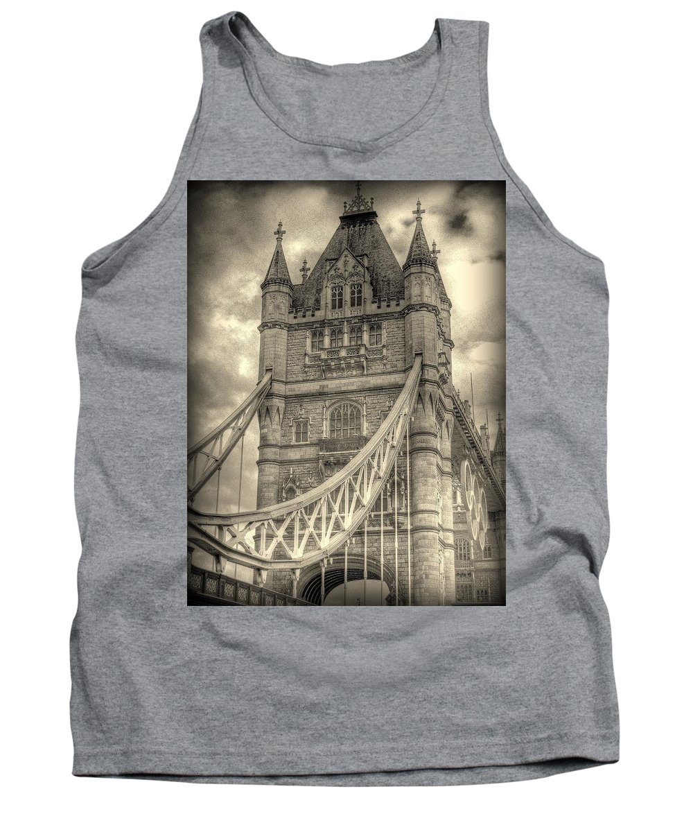 London Tank Top featuring the photograph Tower Bridge by Jeff Watts