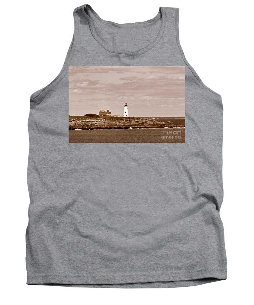 Lighthouses Tank Top featuring the photograph Wood Island Lighthouse by Skip Willits