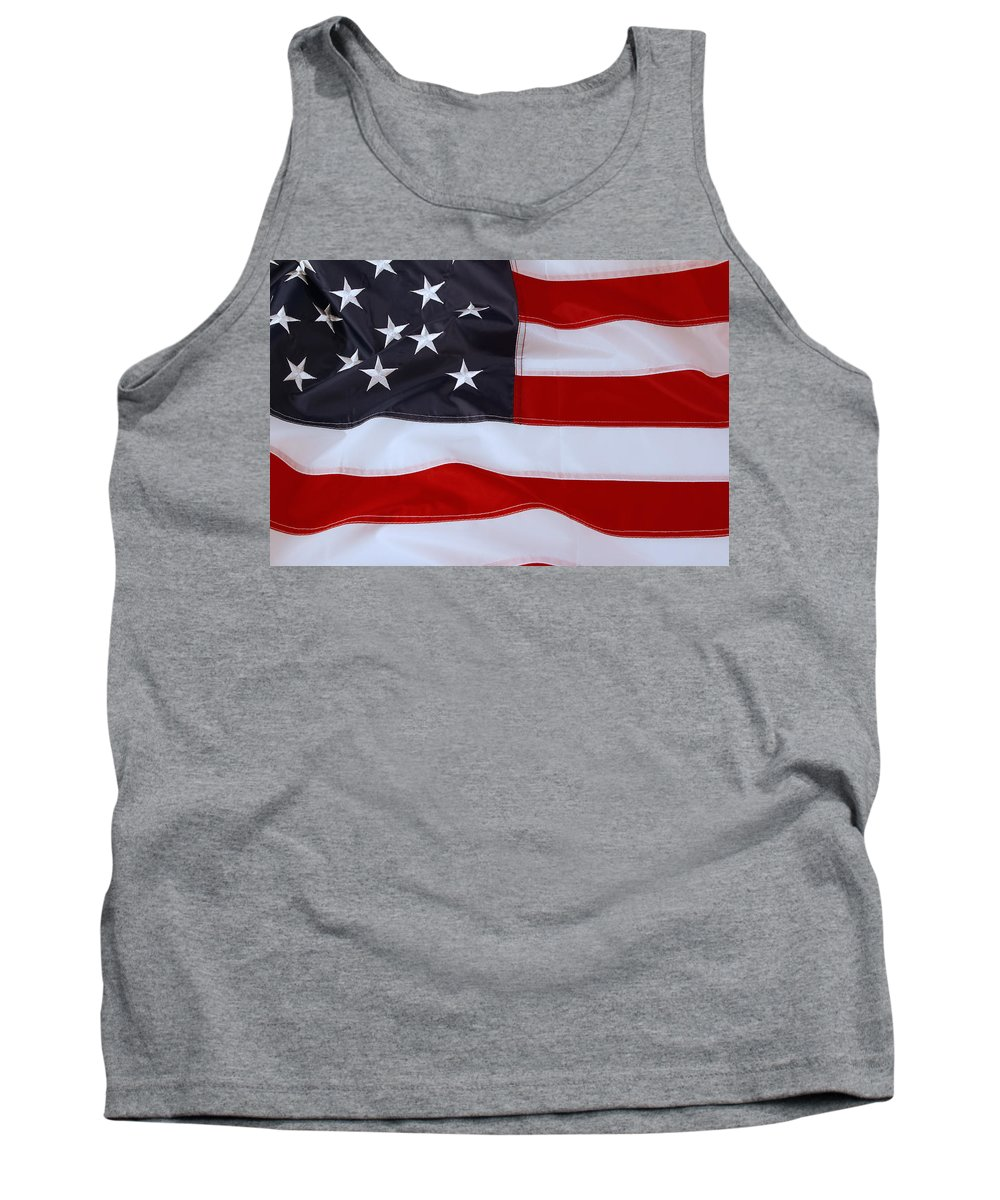 Flag Tank Top featuring the photograph American Flag by Les Cunliffe
