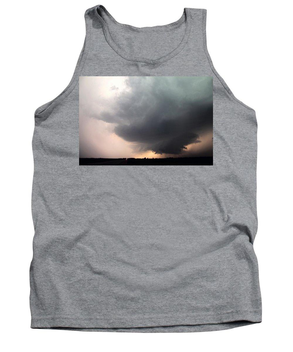 Stormscape Tank Top featuring the photograph Stong Nebraska Supercells by NebraskaSC
