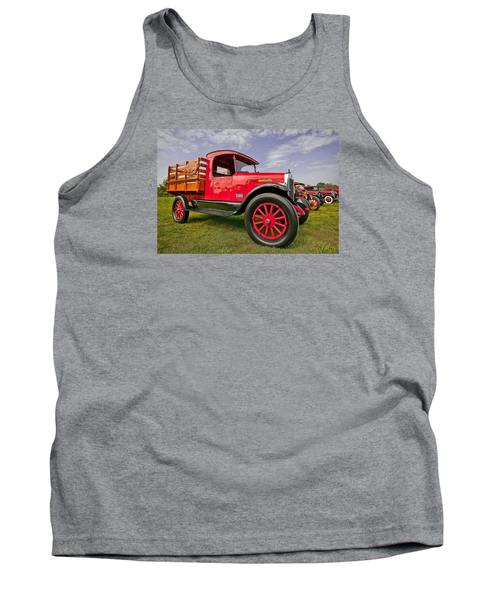 Transportation Tank Top featuring the photograph 1933 International Truck by Marcia Colelli