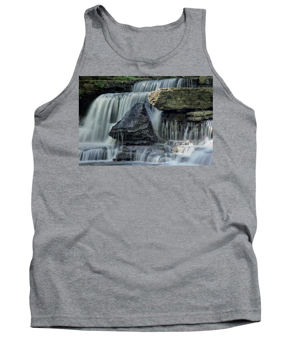 Old Stone Fort Tank Top featuring the photograph Old Stone Fort by Diana Powell
