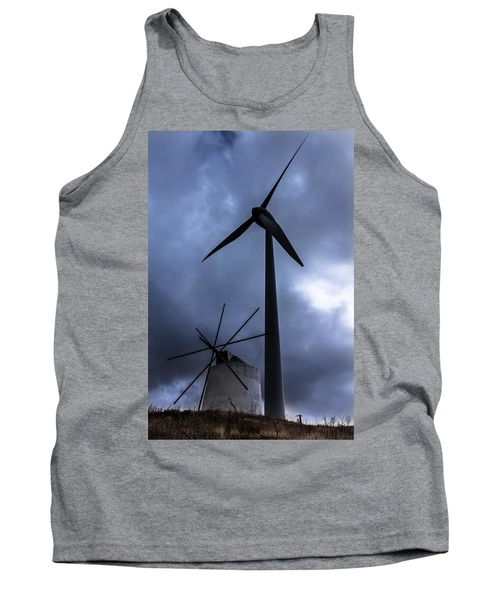 Windmill Tank Top featuring the photograph Side By Side by Edgar Laureano