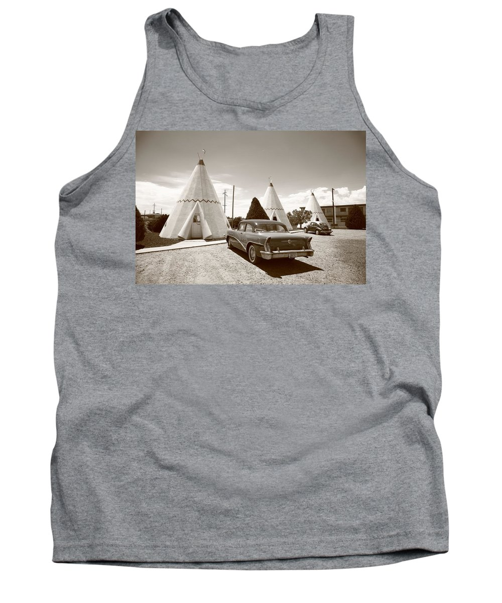 66 Tank Top featuring the photograph Route 66 Wigwam Motel by Frank Romeo