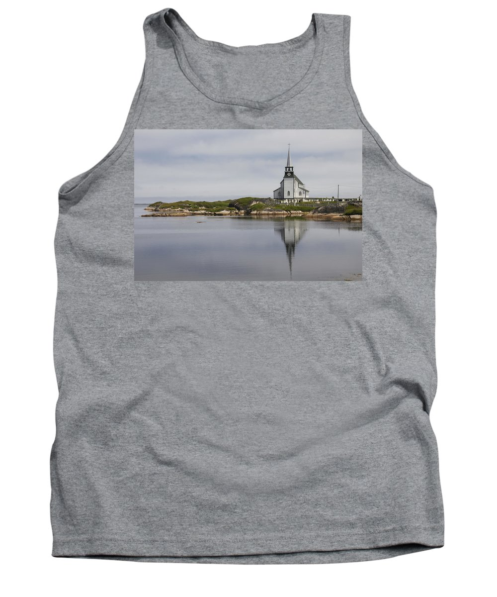Landscape Tank Top featuring the photograph Anglican Church In Newtown by David Stone