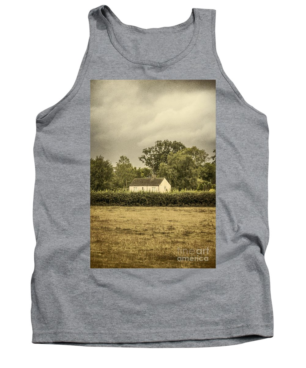 Barn Tank Top featuring the photograph Barn In Corn Field by Margie Hurwich