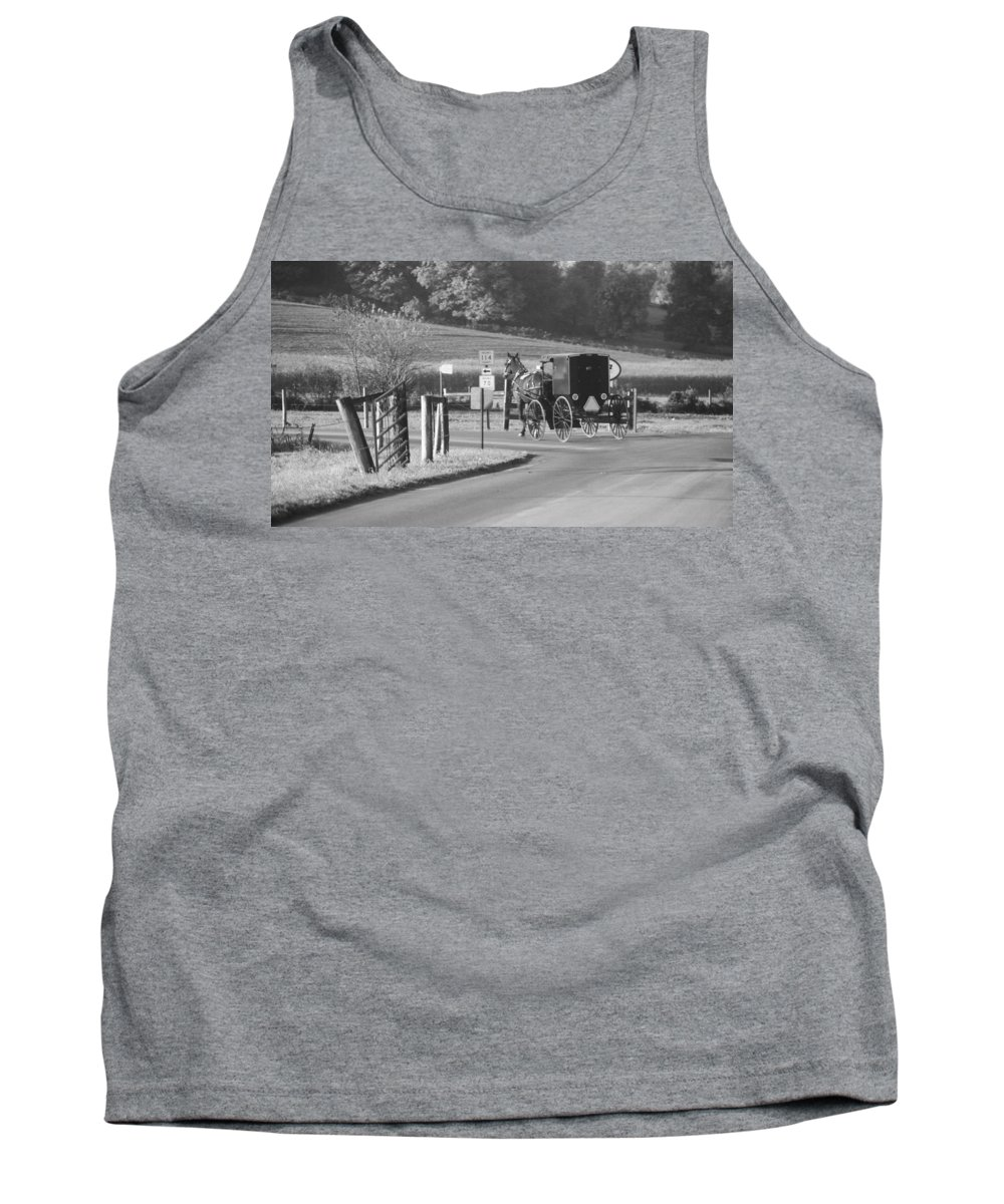 Black And White Amish Horse And Buggy Tank Top featuring the photograph Black And White Amish Horse And Buggy by Dan Sproul