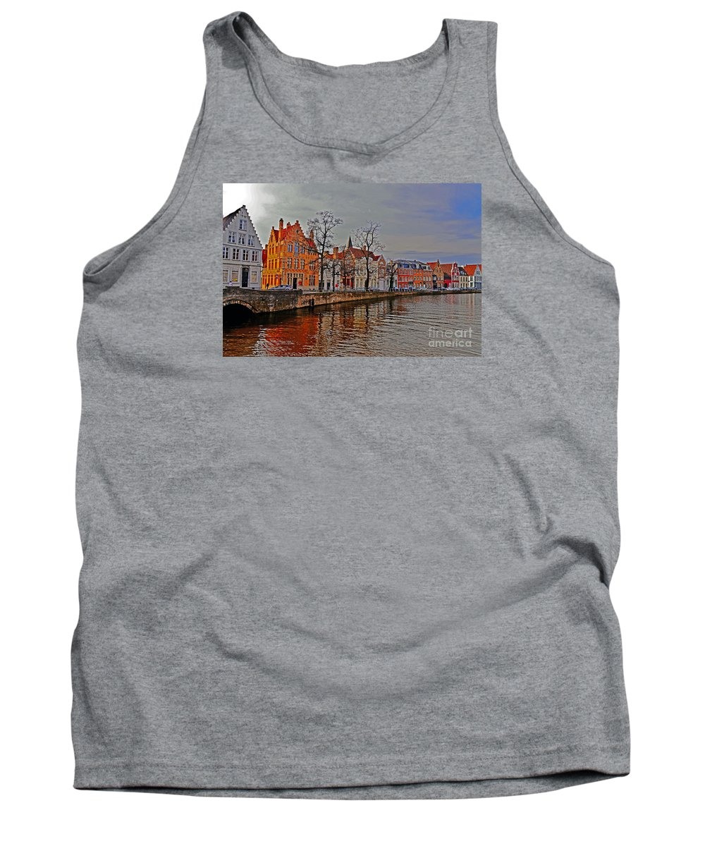 Travel Tank Top featuring the photograph Bruggas Morning by Elvis Vaughn