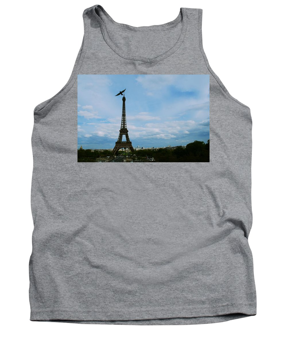 Eiffel Tower Tank Top featuring the photograph Buzzing The Tower by Eric Tressler