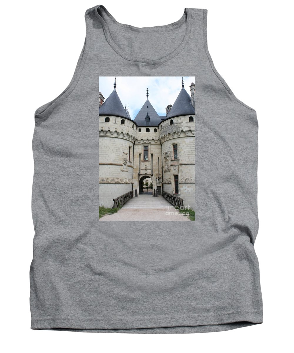 Palace Tank Top featuring the photograph Chateau De Chaumont - France by Christiane Schulze Art And Photography