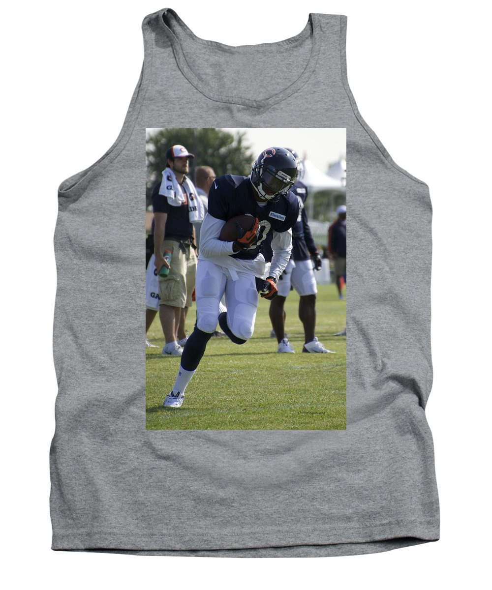 Chicago Bears Tank Top featuring the photograph Chicago Bears Wr Armanti Edwards Training Camp 2014 05 by Thomas Woolworth