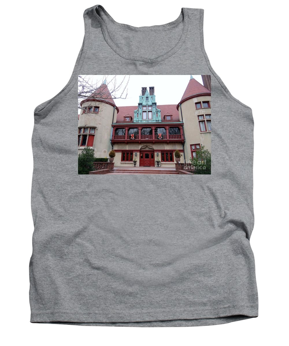 Coindre Hall Tank Top featuring the photograph Coindre Hall Entrance by Ed Weidman
