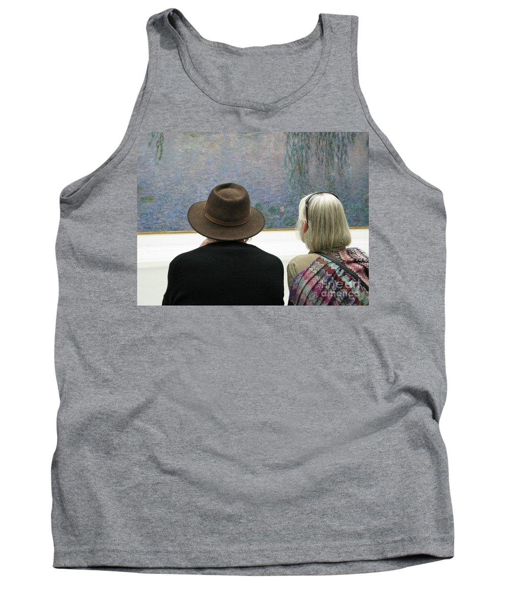 People Tank Top featuring the photograph Contemplating Art by Ann Horn
