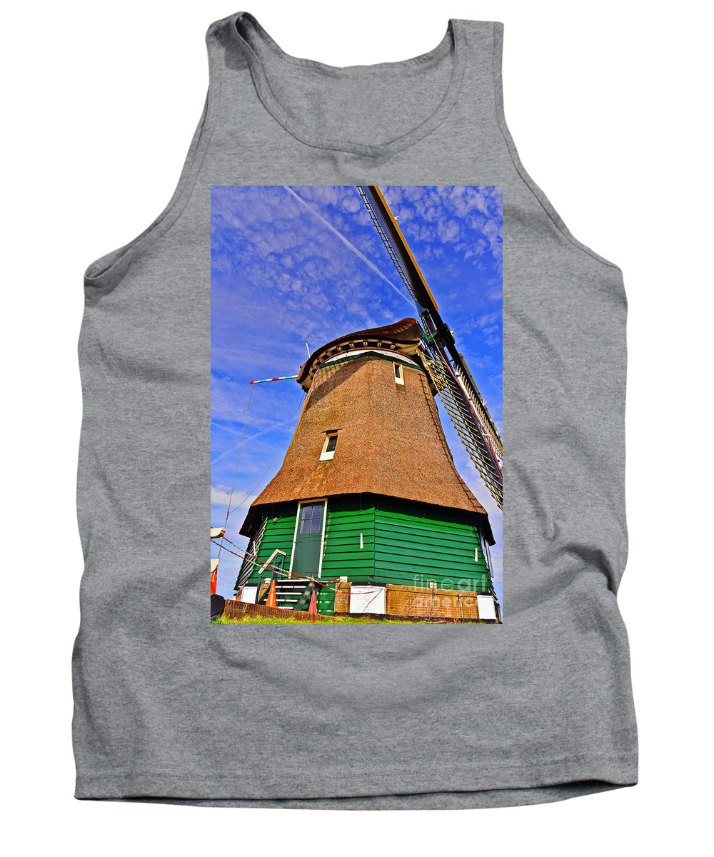 Travel Tank Top featuring the photograph Creating Land by Elvis Vaughn
