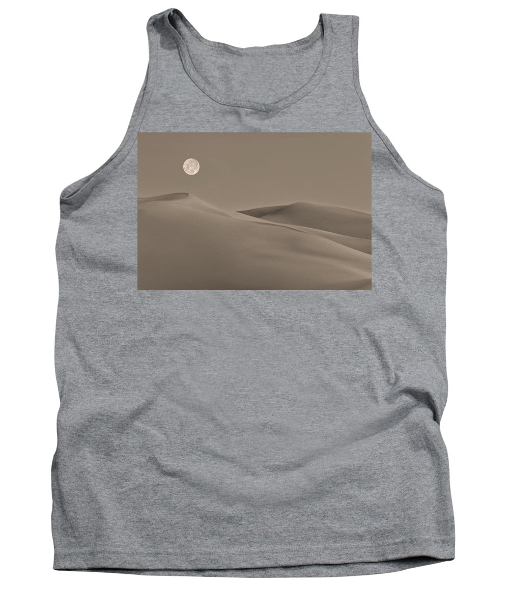 Great Sand Dunes Colorado Tank Top featuring the photograph Great Sand Dunes by Don Spenner