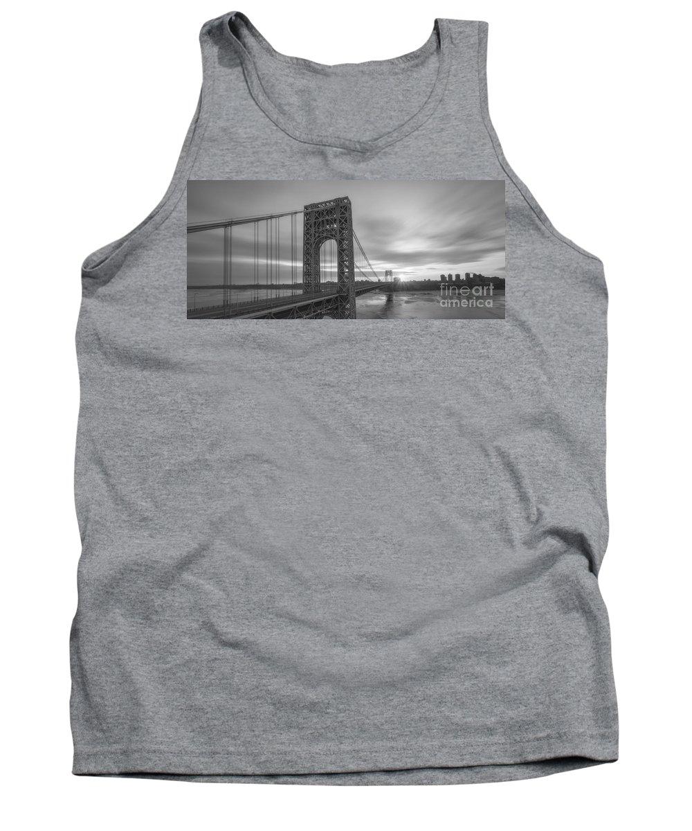 Gw Bridge Winter Sunrise Tank Top featuring the photograph Gw Bridge Le Wide Crop Bw by Michael Ver Sprill