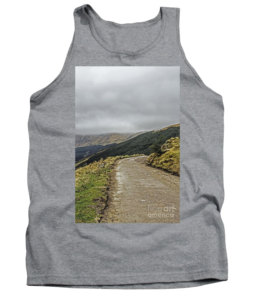 Travel Tank Top featuring the photograph High Road by Elvis Vaughn