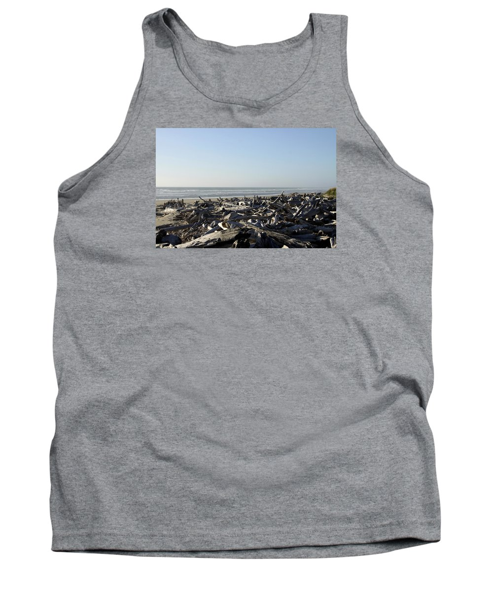 Bullards Beach State Park Tank Top featuring the photograph A Trees Boneyard by Christiane Schulze Art And Photography