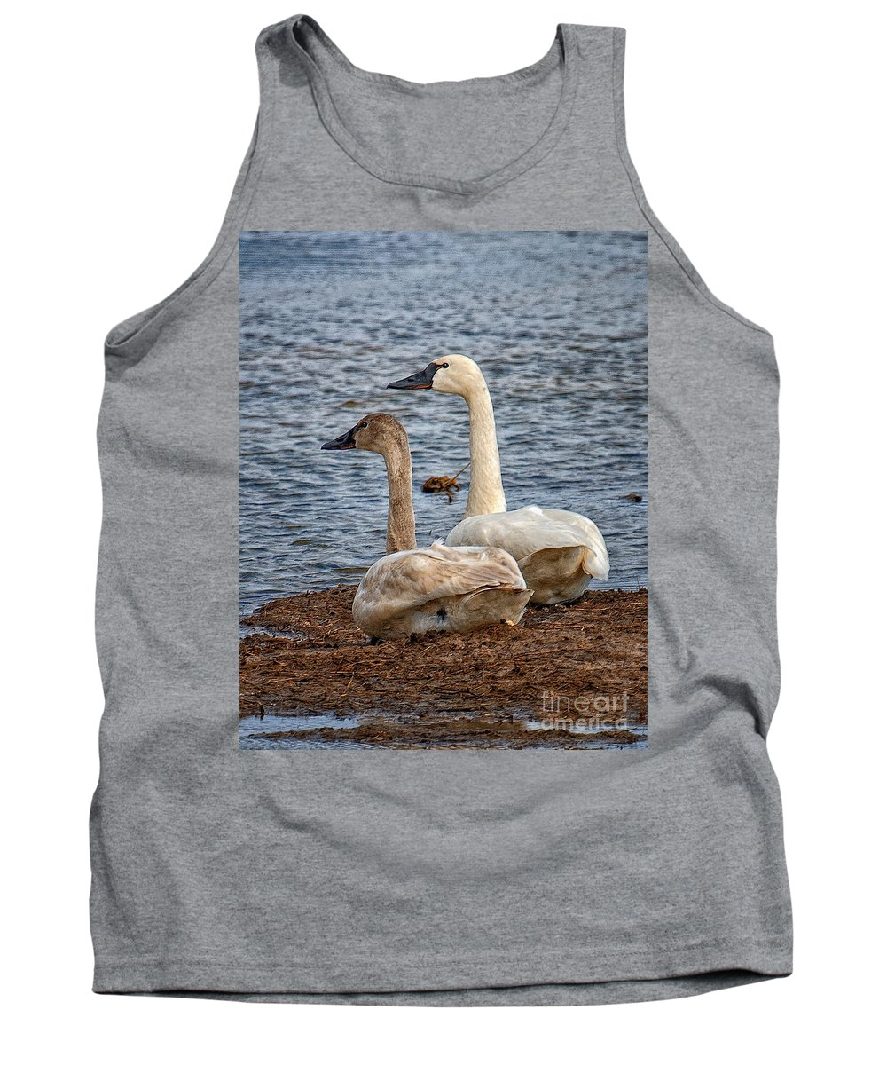 2008 Tank Top featuring the photograph Mating Pair by Ronald Lutz