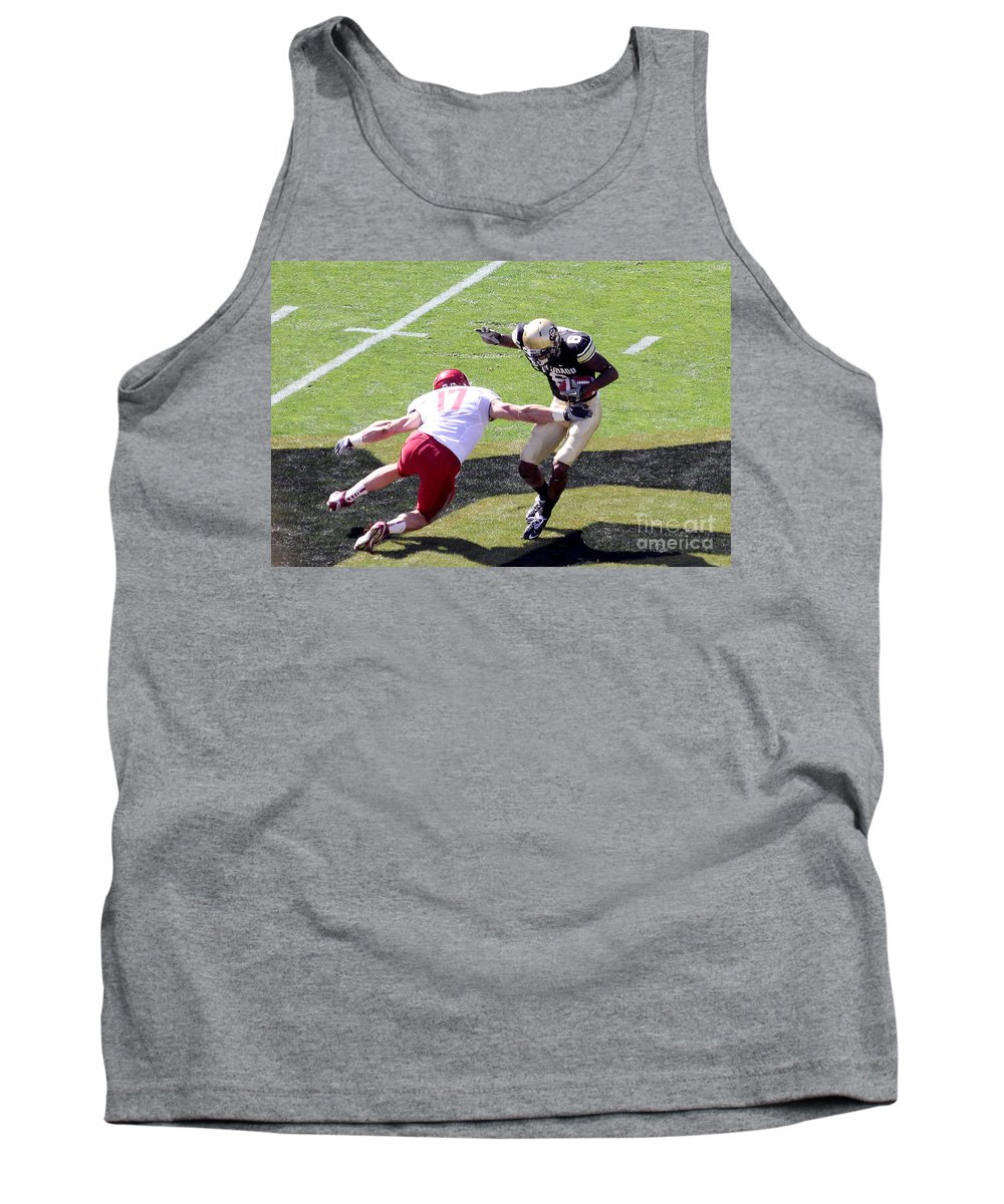Colorado Tank Top featuring the photograph Missed Me by Bob Hislop