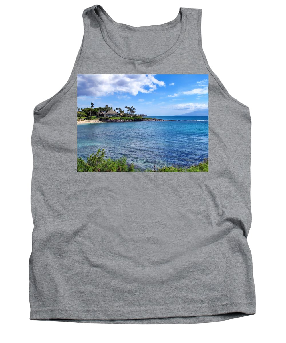 Hawaii Tank Top featuring the photograph Napili 9 by Dawn Eshelman