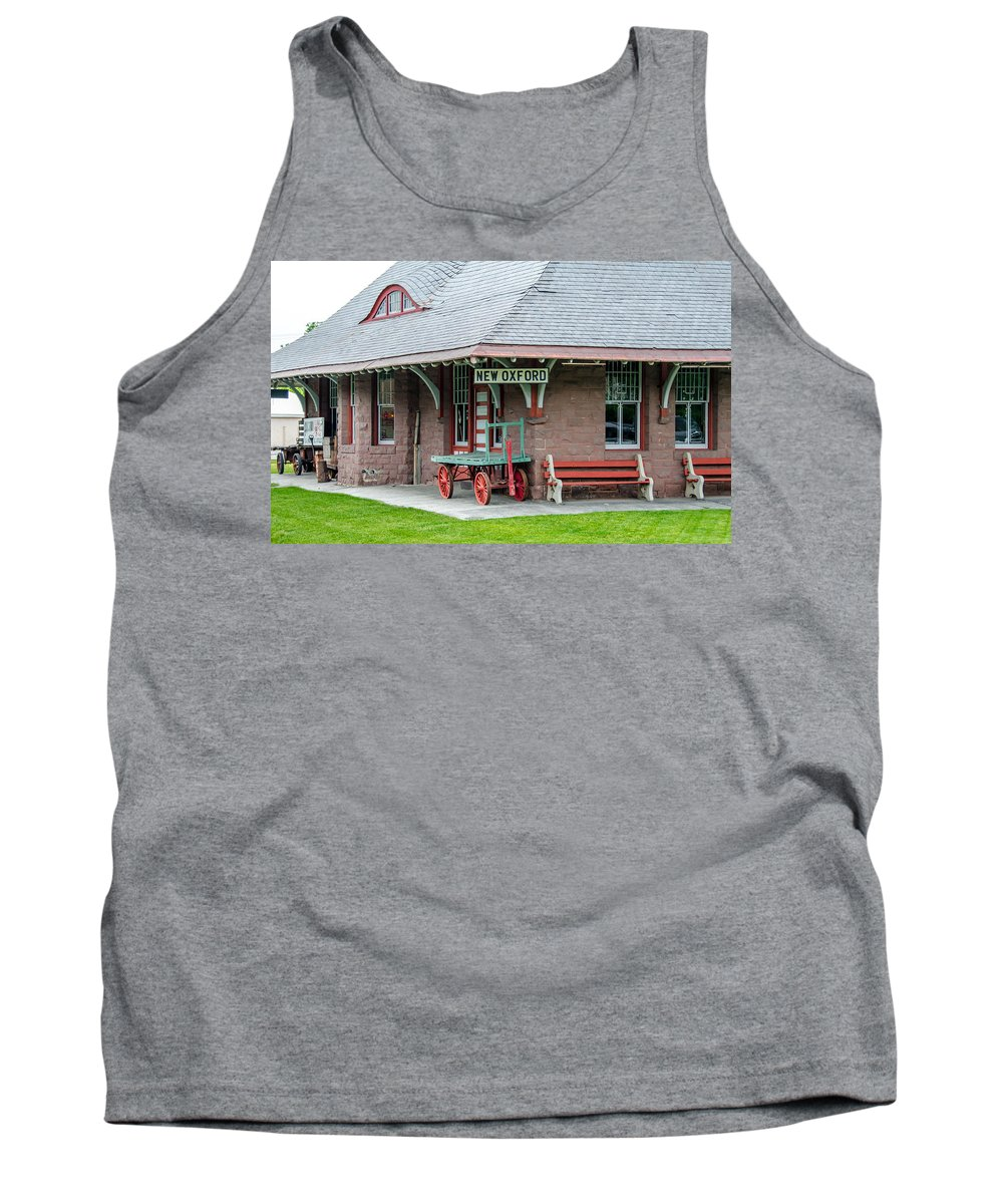 Guy Whiteley Photography Tank Top featuring the photograph New Oxford Depot 2559 by Guy Whiteley
