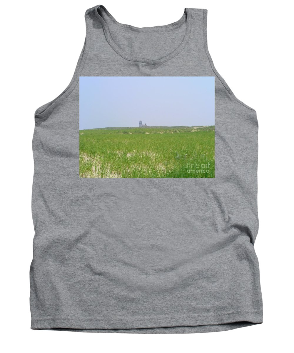 Race Point Life Saving Station Tank Top featuring the photograph Race Point Life Saving Station by Elizabeth Dow