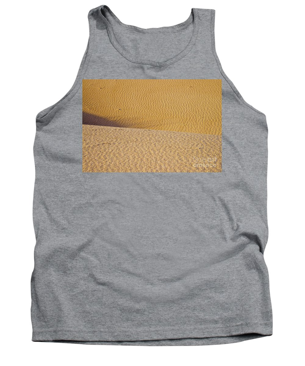 Monahans Sand Dunes State Park Texas Parks Desert Deserts Color Dune Desertscape Desertscapes Landscape Landscapes Nature Texture Textures Tank Top featuring the photograph Sand Layers by Bob Phillips